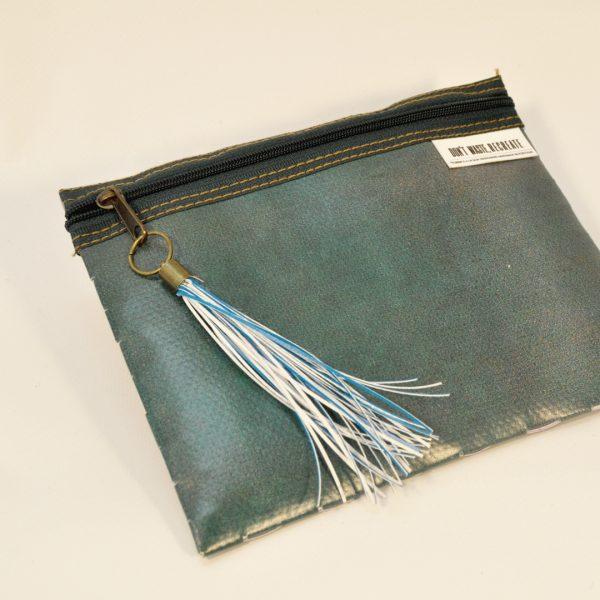 bolsa-dora-1521-carteiras-sustentáveis-recreate-2